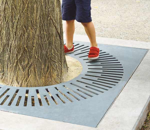Area - Tree grate - Cardiff