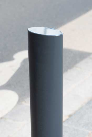 Area - Bollard and slim bollard - Zénith