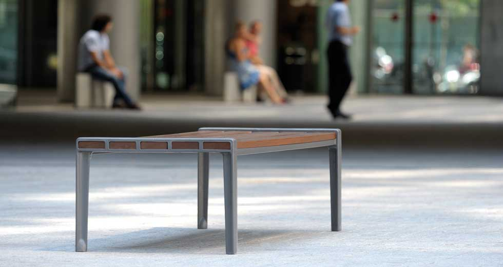 Area - Backless bench - Athènes