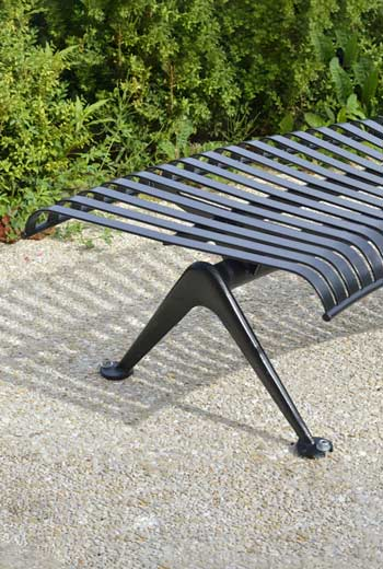 Area - Backless bench - Porto