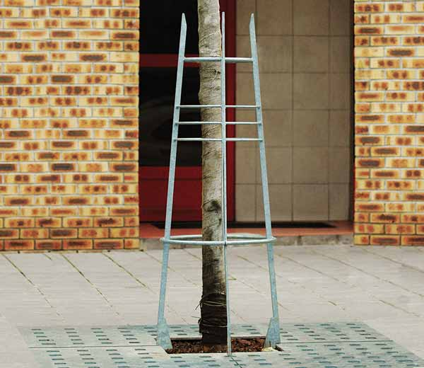 Area - Tree guard and stake - Byzance