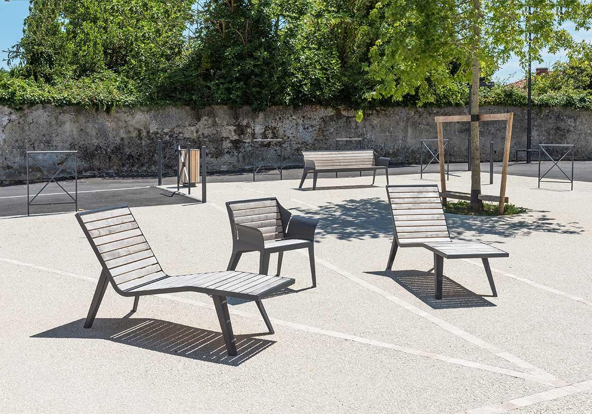 Vancouver bois Armchair - aréa | street furniture