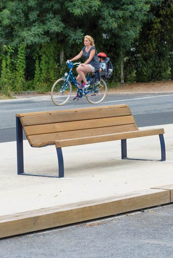 Area - Bench with backrest - Madrid